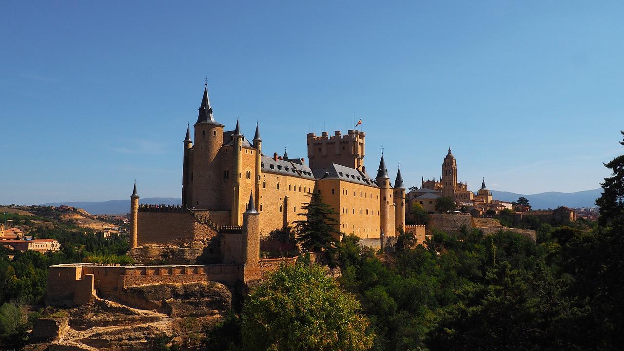 Ruta Isabel la Católica y Segovia.