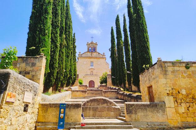 Tras los pasos de los Santos: Santa Teresa de Jesús y San Juan de la Cruz.